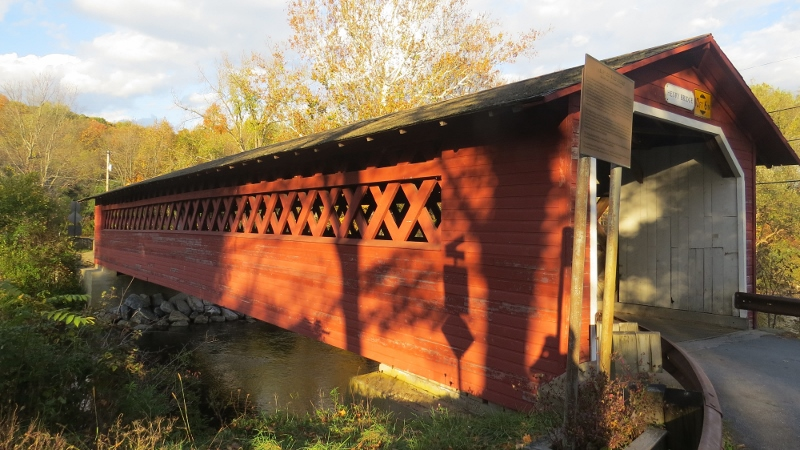 Covered Bridge 3 (800x450)